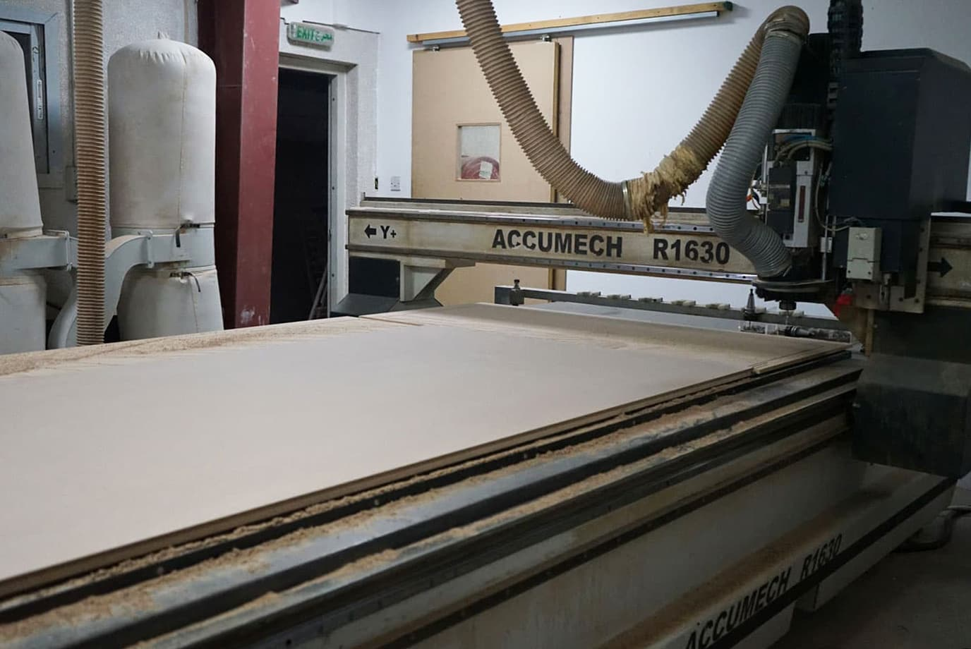 cnc-router-cutting