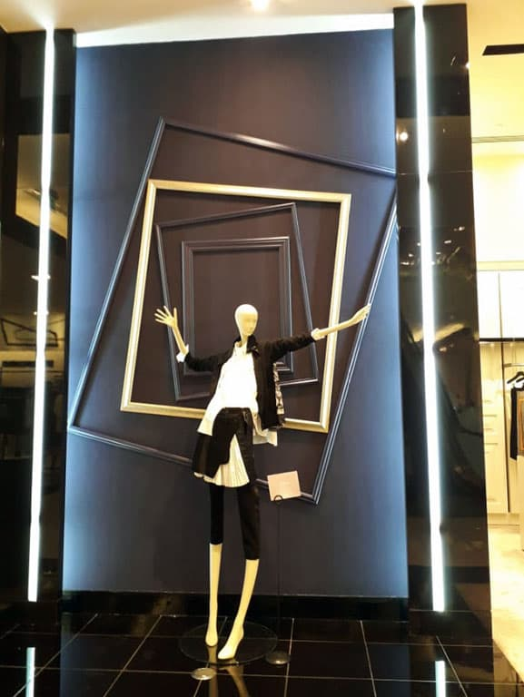 window-display19-b